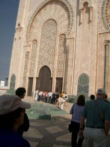 Lining up for the mosque tour