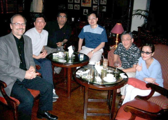 0100_group_from_Malaysa___HK